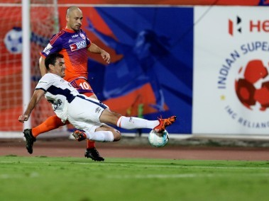 Luciano Sobrosa of FC Goa in action against FC Pune City. ISL