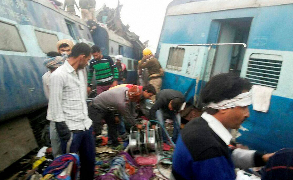 Kanpur: Rescue officials on the spot where 14 coaches of the Indore-Patna express derailed, killing around 90 people and injuring 150, in Kanpur Dehat on Sunday. PTI Photo(PTI11_20_2016_000010B)