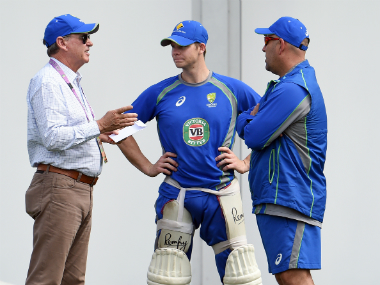 Trevor Hohns (L) with Australia captain Steve Smith (C) and coach Darren Lehmann.