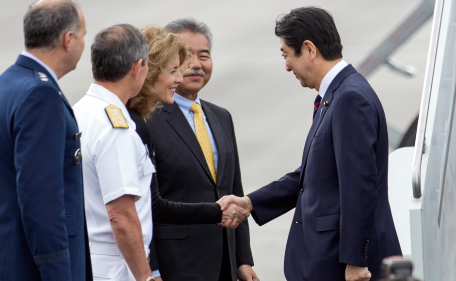 In a first, Japanese PM Shinzo Abe visits Pearl Harbor memorial in Hawaii