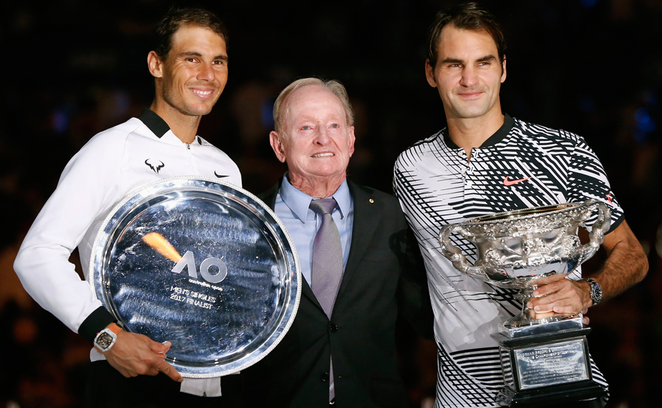 Roger Federer lifts 5th Australian Open trophy with win over Rafael Nadal