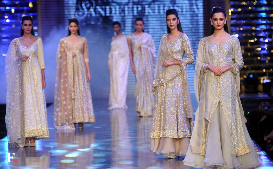Caring with Style: Abu Jani, Sandeep Khosla host fashion show in aid of blood cancer-stricken children