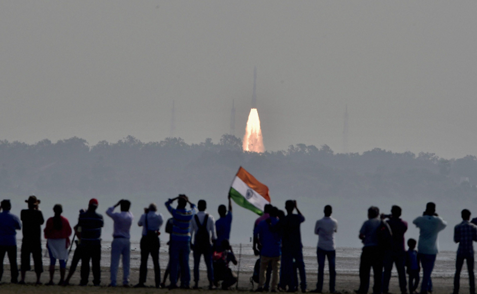 Sriharikota: ISRO sets world record by launching 104 satellites in one go