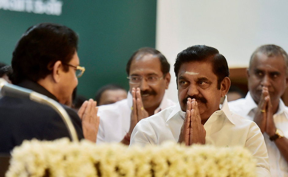 Tamil Nadu Governor CH Vidyagar Rao being welcomed by Chief Minister 'Edappadi' K Palaniswami during the swearing-in ceremony at Raj Bhavan in Chennai on Thursday. PTI Photo R Senthil Kumar(PTI2_16_2017_000179B)