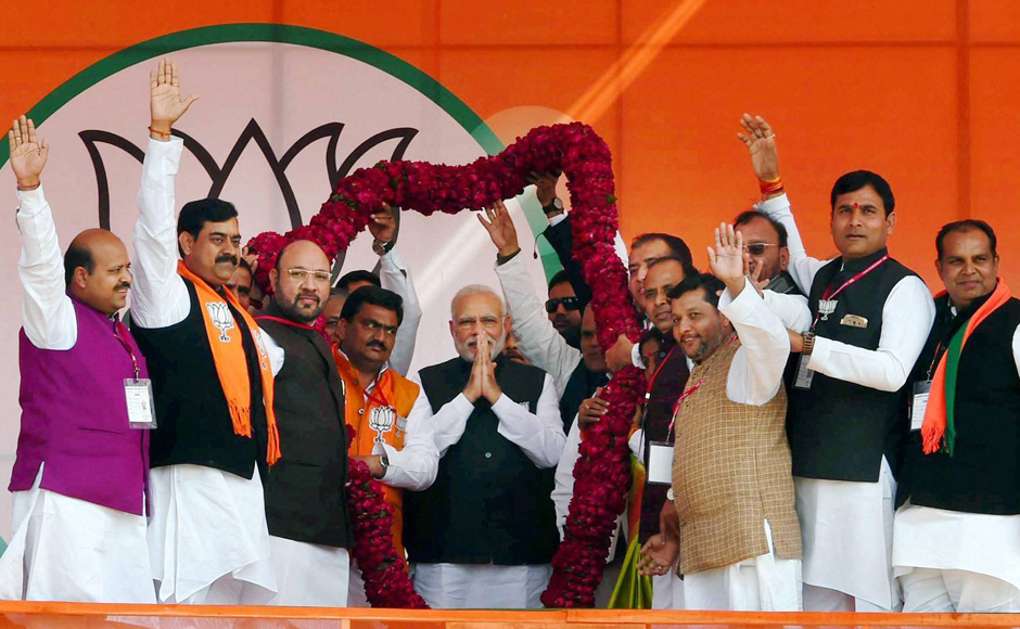 UP Election 2017: Modi targets SP govt for 'sheltering criminals' in Ghaziabad rally