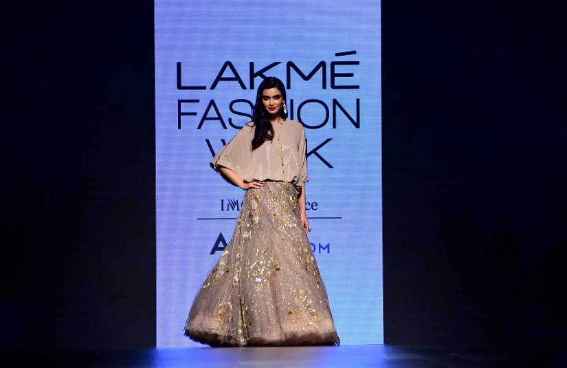 Bollywood actor Diana Penty displays the creation of fashion designer Payal Singhal during the Lakme Fashion Week Summer/Resort 2017, in Mumbai, India on February 3, 2017.(Sanket Shinde/ SOLARIS IMAGES)