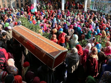 The funeral procession of Taja Begam, who was hit by a bullet inside her house during the exchange of fire between militants and forces. Photo credit: Sameer Yasir