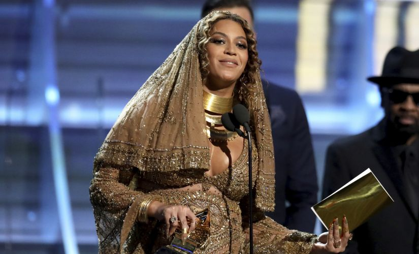 Grammy 2017 David Bowies Blackstar sweeps night with 5 awards Beyonce Adele vie for dominance