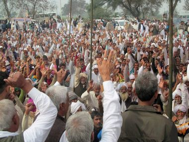 Jat quota stir escalates With eye on Uttar Pradesh polls leaders say their sole target is BJP