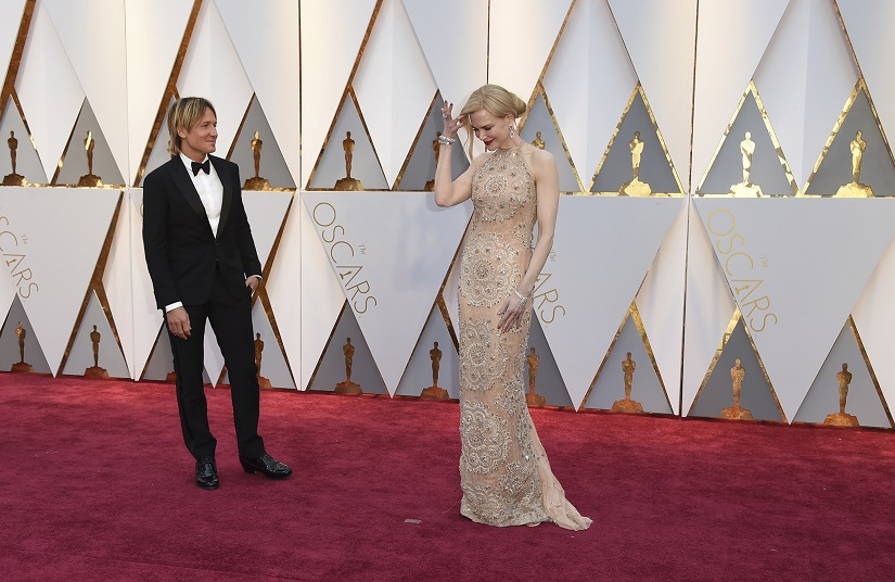 Keith Urban, left, and Nicole Kidman arrive at the Oscars on Sunday, Feb. 26, 2017, at the Dolby Theatre in Los Angeles. (Photo by Jordan Strauss/Invision/AP)