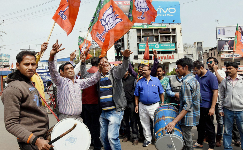 UP Election Results 2017: BJP supporters celebrate after early trends predict thumping win