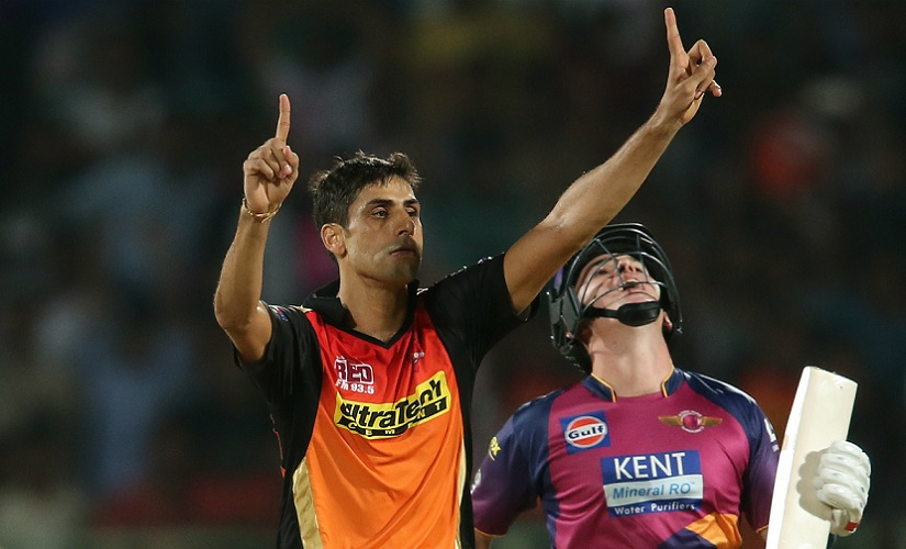 Ashish Nehra played a crucial role for Sunrisers Hyderabad in 2016, when they won the title. Sportzpics