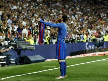 El Clasico: Lionel Messi's 500th goal hands Barcelona lifeline in La Liga title race with Real Madrid