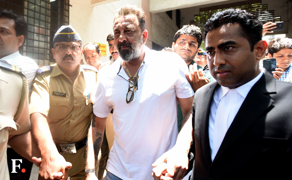 Photos : Sanjay Dutt appears before Andheri Court; arrest warrant against him cancelled