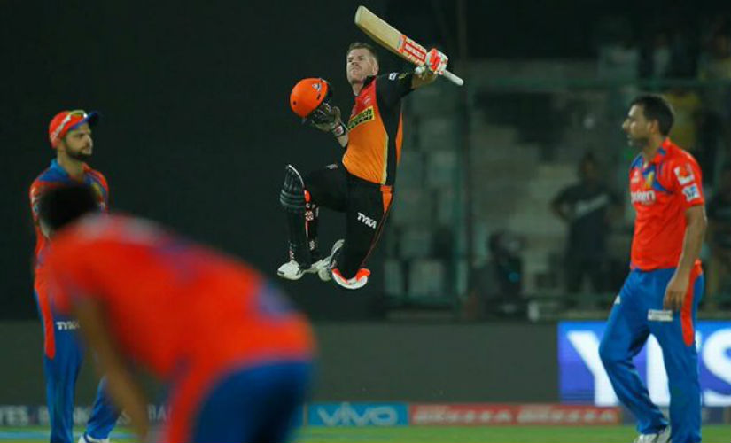 David Warner (C) was uncharacteristically off colour during Test series against India, but just needs an innings to hit form. Image courtesy: Twitter/@SunRisers_Hyd
