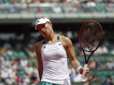 French Open 2017 Angelique Kerber beaten by Ekaterina Makarova 1st womens top seed to lose opener