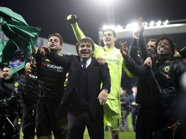 Premier League Chelsea boss Antonio Conte wins LMAs Manager of the Year award