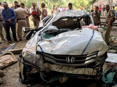 Delhi car accident Three college students die after Honda City falls off flyover in Punjabi Bagh