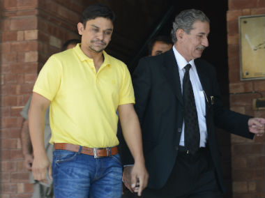 Pakistan cricket authorities have handed spot-fixing evidence to opening batsmen Sharjeel Khan and Khalid Latif as a court rejected an appeal challenging the investigation. AFP