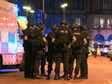 Britain's secret service MI5 'could have stopped' Manchester Arena attack by tracking bomber, says report