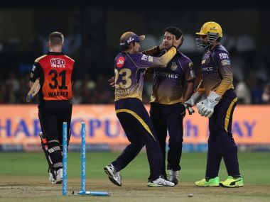 IPL 2017 Sunrisers Hyderabads middle and lowerorder implode after strong start to hand KKR win