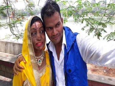 Acid attack survivor finds love via wrong number Vivek Oberoi attends the wedding
