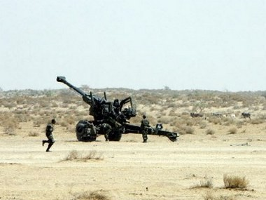 Indian Army soldiers using Bofors gun at an exercise. Representational image. AFP