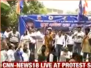 Dalits rally up at Jantar Mantar in Delhi to protest against UP govts inaction in Saharanpur caste violence