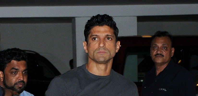 Farhan Akhtar permanently deletes Facebook account his verified page to remain active