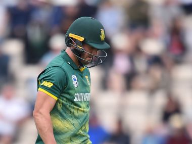 South Africa's AB de Villiers walks off the field after losing his wicket for 52 during the second One-Day International between England and South Africa of the South Africa in England series in Southampton on May 27, 2017. / AFP PHOTO / Glyn KIRK