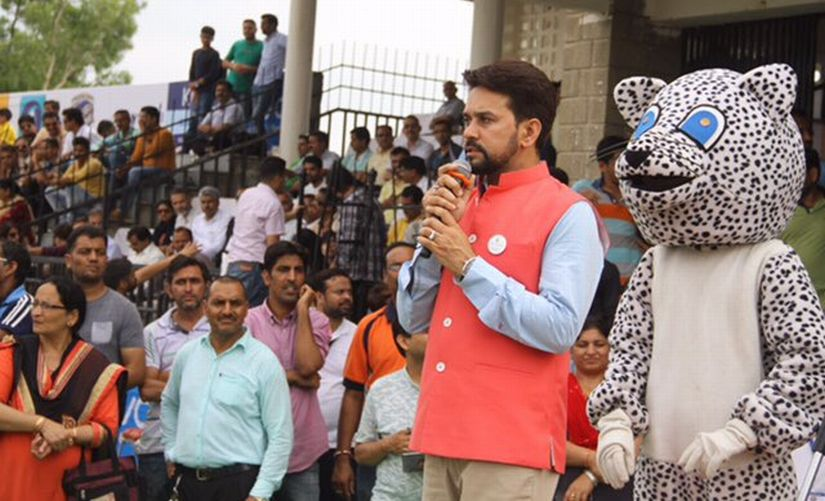 Anurag Thakur addresses the crowd during the State Olympics. Image courtesy: Twitter/@JeetegaHimachal