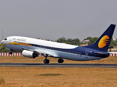 Jet Airways in talks with SBI for Rs 1500cr shortterm loan Etihad likely to provide guarantee