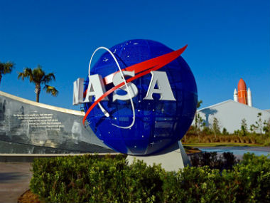 NASA dismisses reports of a pending announcement by the agency on discovery of alien life