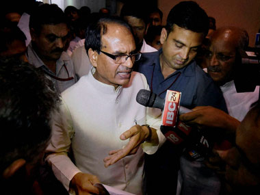 Madhya Pradesh farmers protest Shivraj Singh Chouhan visits Mandsaur hands over Rs one crore each to victims