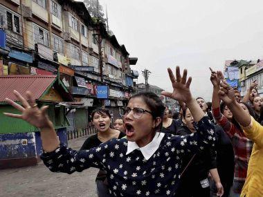 Darjeeling unrest: As clamour for separate Gorkhaland gains voice, women's group resort to Gandhigiri in the Hills