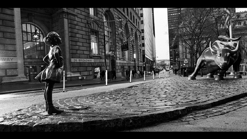 Fearless Girl. Image from Twitter.
