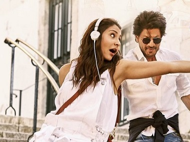 Anushka Sharma and Shah Rukh Khan in a still from Jab Harry Met Sejal. Twitter