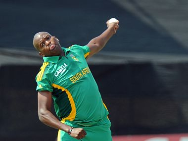 South Africa cricketer Lonwabo Tsotsobe delivers a ball during the fifth and final One-Day Internationals (ODI) cricket match between South Africa and Pakistan in Benoni at Willowmoore Park on March 24, 2013. AFP PHOTO / ALEXANDER JOE / AFP PHOTO / ALEXANDER JOE