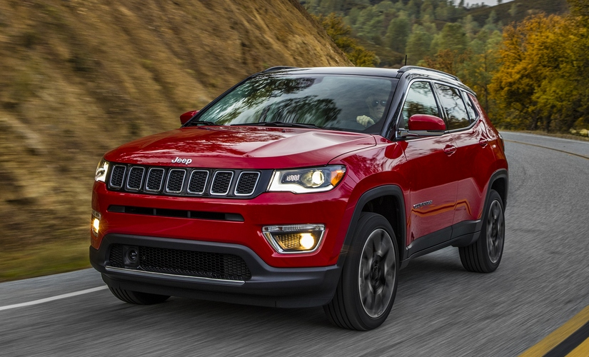 Jeep Compass touches 10000 booking mark and receives over 92000 enquiries in India FCA