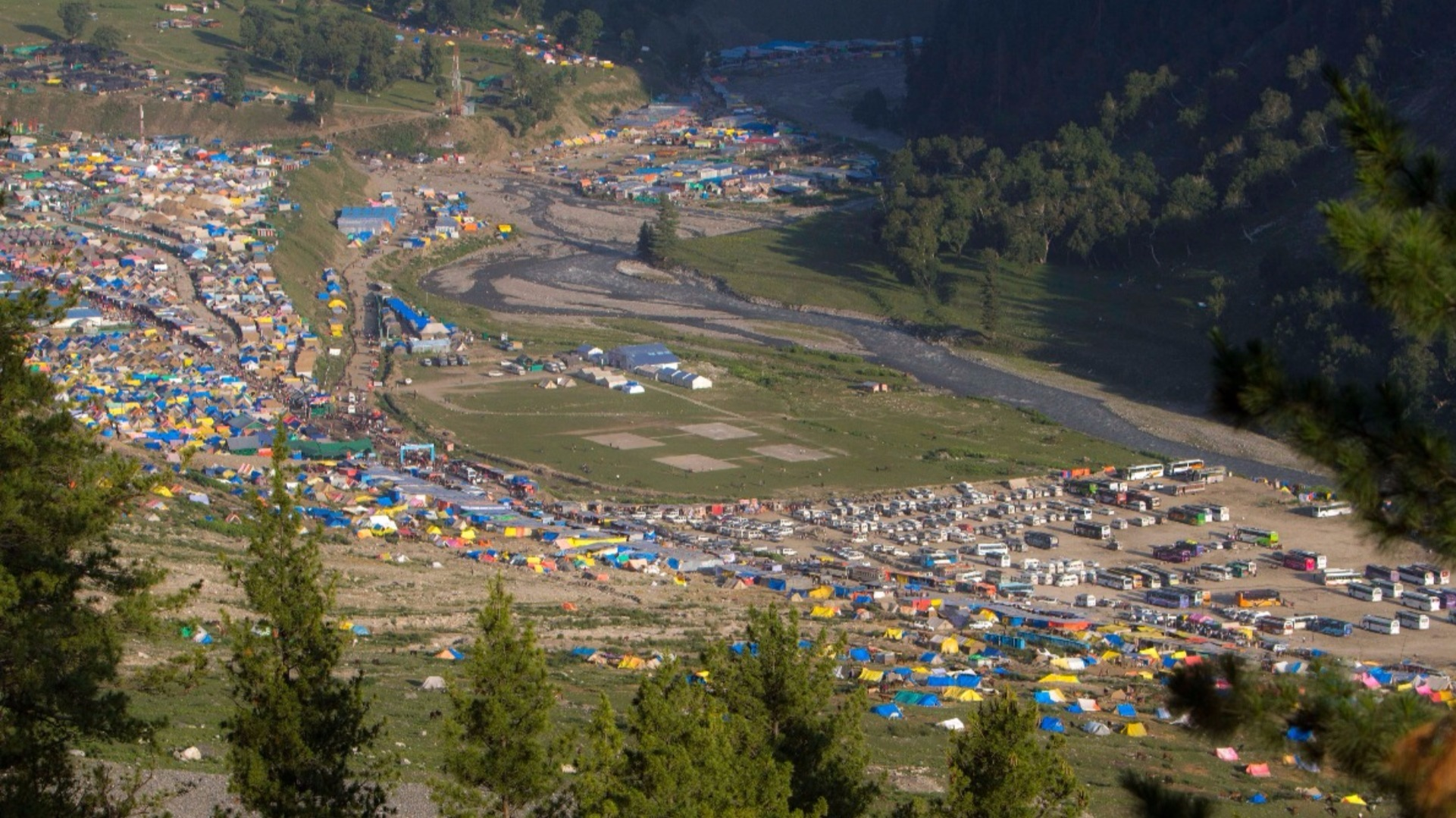 1782 pilgrims leave Jammu for Amarnath Yatra