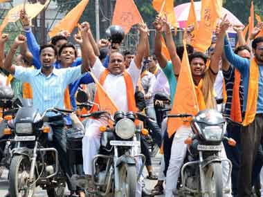 Valentines Day against Indian culture Bajrang Dal warns pubs youth in Hyderabad against creating public nuisance