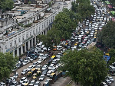 NGT slams Delhi govt for not complying with its orders to decongest traffic asks to discourage roadside parking