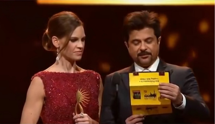 Hillary Swank along with Anil Kapoor at IIFA Awards 2011. Screengrab from YouTube.