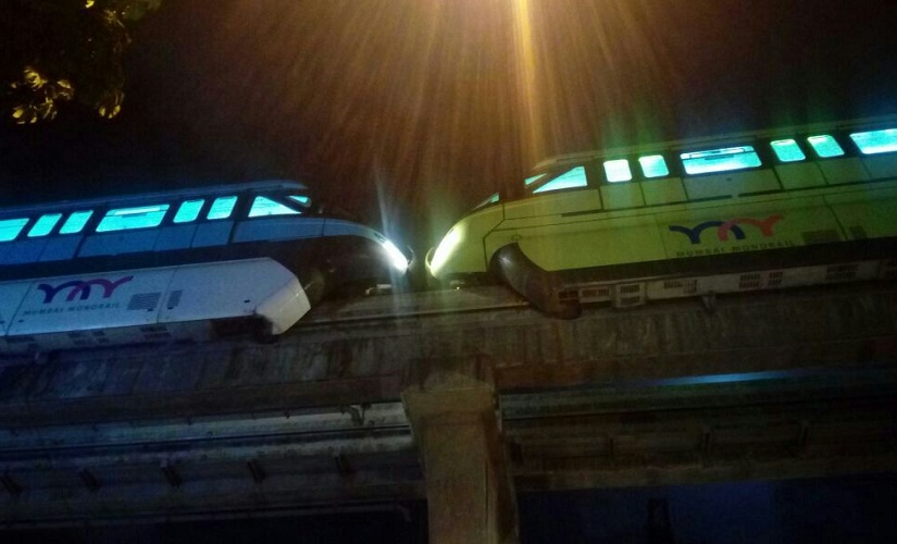 2 monorails come face-to-face on same track, major mishap averted