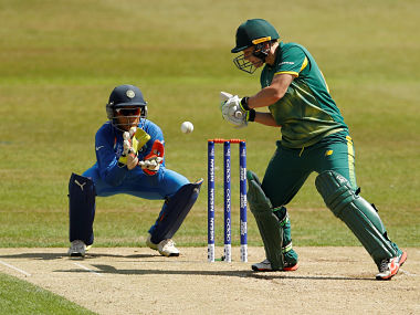 Cricket - South Africa vs India - Women's Cricket World Cup - Leicester, Britain - July 8, 2017 South Africa's Lizelle Lee in action Action Images via Reuters/Lee Smith - RTX3AMNM