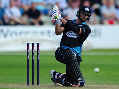 NatWest T20 Blast: Worcestershire's Ross Whiteley hits 6 sixes in an over against Yorkshire