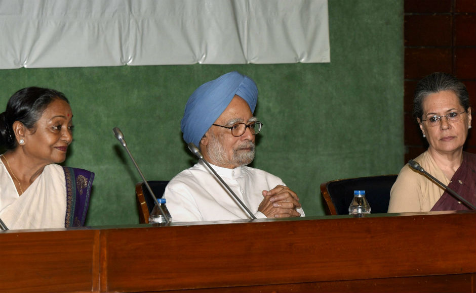Presidential Election 2017: At Opposition meet, Sonia Gandhi urges members to 'vote their conscience'