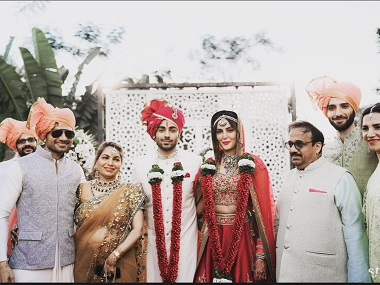 Mandana Karimi and Gaurav Gupta in a picture from their wedding. Image from Twitter