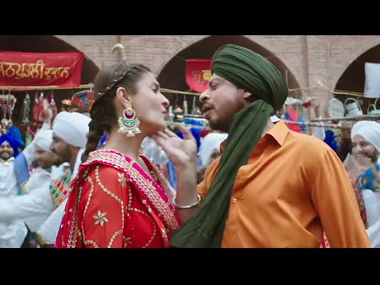 Anushka Sharma and Shah Rukh Khan in a still from 'Butterfly'. YouTube screengrab.
