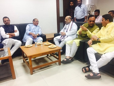 Shankersinh Vaghela's tumultuous relationship with Congress can be a boon for BJP in Gujarat